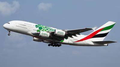A picture of A6EOJ - Airbus A380861 - Emirates - © toeychincha