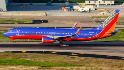 N8629A - Boeing 737-8H4 - Southwest Airlines