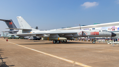 11098 - Xian H-6K - China - Air Force