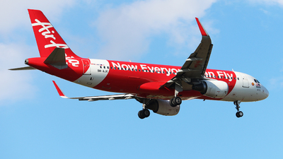 A picture of 9MAJK - Airbus A320216 - AirAsia - © Quoc Trung Tran