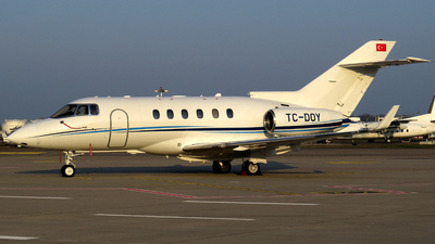 TC-DOY - Raytheon Hawker 850XP - Sarp Air