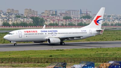 B-1535 - Boeing 737-89P - China Eastern Airlines