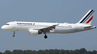 A picture of FHEPE - Airbus A320214 - Air France - © Daniel Veronesi - RomeAviationSpotters