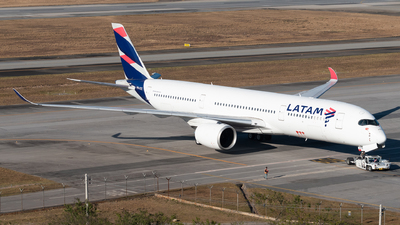 PR-XTE - Airbus A350-941 - LATAM Airlines