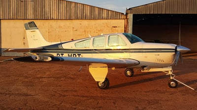 PT-WBT - Beechcraft F33A Bonanza - Private