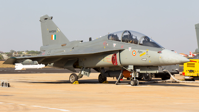 KHT2010 - Hindustan Aeronautics LCA Tejas Mk.I - India - Air Force