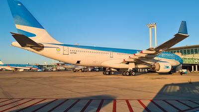 A picture of LVFNK - Airbus A330223 - Aerolineas Argentinas - © Nicolas Aguirre