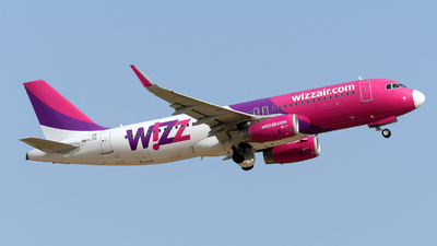 A picture of HALYO - Airbus A320232 - Wizz Air - © Paul Denton