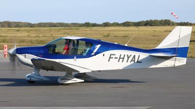 F-HYAL - Robin DR401/155CDI - Private