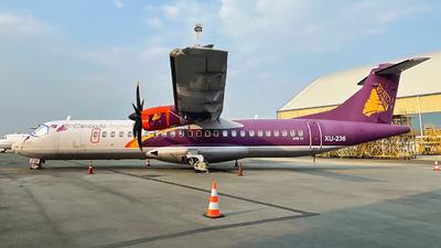 A picture of XU236 - ATR 72500 - Cambodia Angkor Air - © Thanhngoc Tran