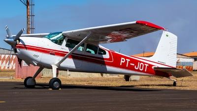 PT-JOT - Cessna 180J Skywagon - Private