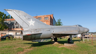 305 - Mikoyan-Gurevich MiG-21F-13 Fishbed C - Hungary - Air Force