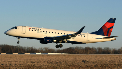 N282SY - Embraer 170-200LR - Delta Connection (SkyWest Airlines)