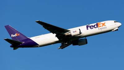 A picture of N126FE - Boeing 7673S2F(ER) - FedEx - © SierraKiloZulu