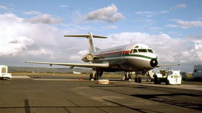 VH-FKA - Fokker F28-1000 Fellowship - Airlines of Western Australia