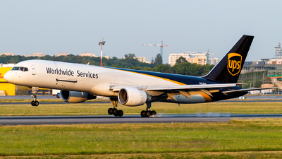 N428UP - Boeing 757-24A(PF) - United Parcel Service (UPS)