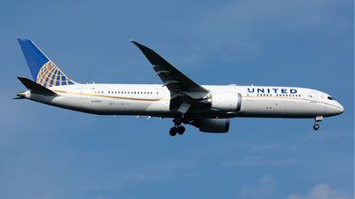 A picture of N15969 - Boeing 7879 Dreamliner - United Airlines - © Francesco Cavallin