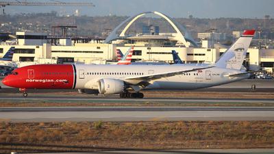 A picture of LNLNU - Boeing 7879 Dreamliner - Norwegian - © Domi Einert