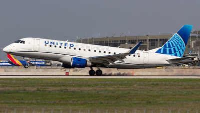 N85373 - Embraer 170-200LL - United Express (Mesa Airlines)
