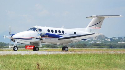 N27CV - Beechcraft B200 Super King Air - Private