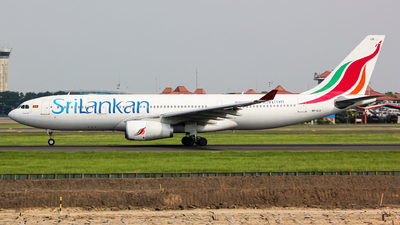 4R-ALD - Airbus A330-243 - SriLankan Airlines
