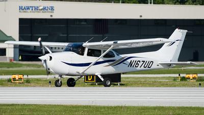 A picture of N167UD - Cessna 172R Skyhawk - [17281188] - © SpotterPowwwiii