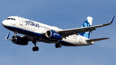 A picture of N828JB - Airbus A320232 - JetBlue Airways - © Centex Spotter