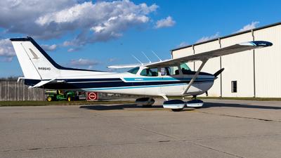 N4864G - Cessna 172N Skyhawk II - Private