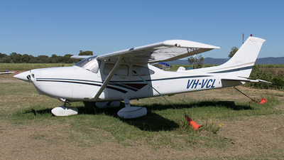 A picture of VHVCL - Cessna 182S Skylane - [18280151] - © Tony Coles