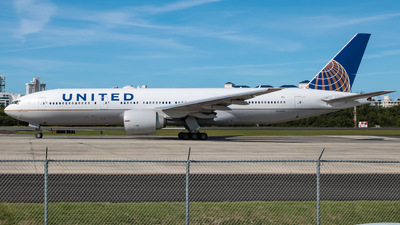A picture of N78001 - Boeing 777224(ER) - United Airlines - © Yenzell A. López Amador