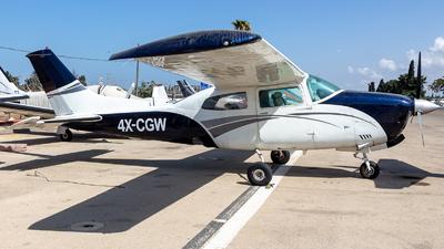 4X-CGW - Cessna T210L Turbo Centurion II - Private