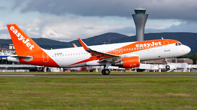 A picture of GEZRX - Airbus A320214 - easyJet - © Karam Sodhi