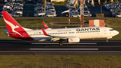 VH-VZF - Boeing 737-838 - Qantas
