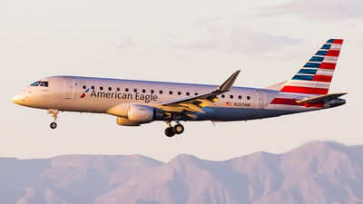 A picture of N205NN - Embraer E175LR - American Airlines - © Brandon Giacomin