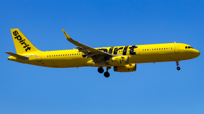 A picture of N687NK - Airbus A321231 - Spirit Airlines - © wilfredo torres
