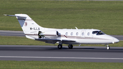 M-ILLA - Hawker Beechcraft 400XP - Private