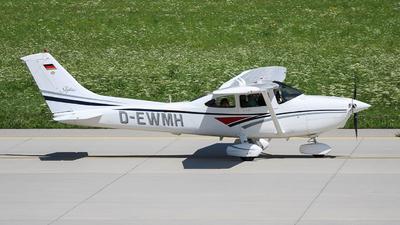 D-EWMH - Cessna 182S Skylane - Private