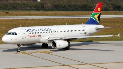 ZS-SZD - Airbus A320-232 - South African Airways
