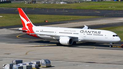 VH-ZNK - Boeing 787-9 Dreamliner - Qantas