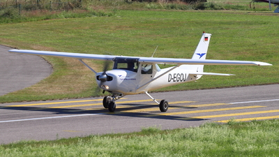 D-EGOJ - Cessna 152 - Private