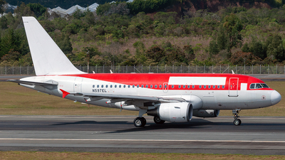 A picture of N597EL - Airbus A318111 - [2544] - © Andres Ramirez