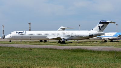UR-BXM - McDonnell Douglas MD-82 - Iran Air