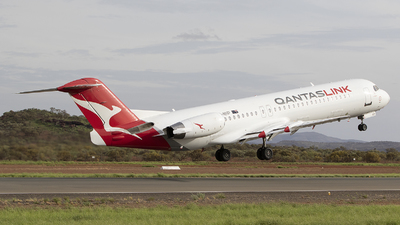 VH-NHP - Fokker 100 - QantasLink (Network Aviation)