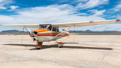A picture of N4189F - Cessna 172 Skyhawk - [46089] - © Julian Elnasser