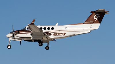 A picture of N690TW - Beech B200GT Super King Air - [BY67] - © Sebastian Sowa