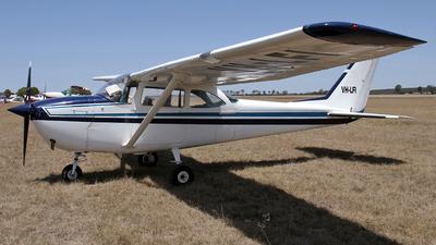 VH-LFI - Cessna 172G Skyhawk - Private