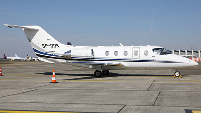 SP-OOK - Hawker Beechcraft 400XP - Private