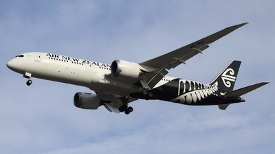 ZK-NZI - Boeing 787-9 Dreamliner - Air New Zealand