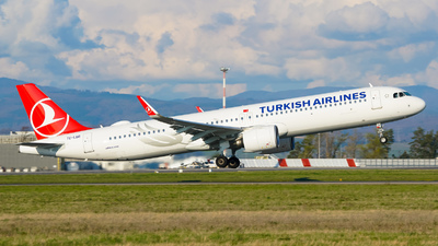 TC-LSD - Airbus A321-271NX - Turkish Airlines
