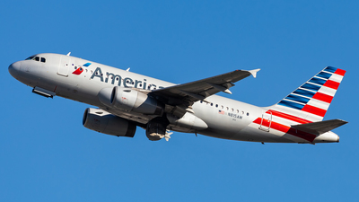 A picture of N815AW - Airbus A319132 - American Airlines - © Brandon Giacomin